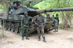 陆军坦克生火 库存照片