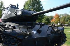 陆军背景查出的坦克白色 免版税库存图片