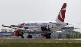 登陆的捷克航空公司空中客车A319-112航空器 库存图片