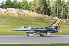 登陆的比利时F-16战斗机航空器 库存图片