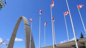 陈列地方曲拱和加拿大旗子 影视素材