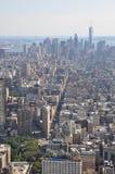 降低从帝国大厦的曼哈的看法在纽约 库存照片