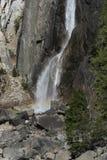 降低优胜美地瀑布加利福尼亚 免版税图库摄影