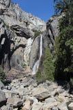 降低优胜美地瀑布加利福尼亚 免版税库存图片