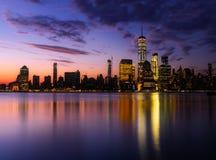 降低颜色的曼哈顿反射 库存照片
