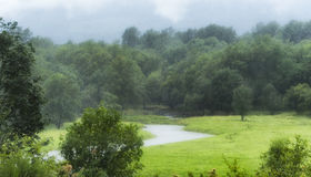 降雨在哥伦比亚河峡谷 图库摄影