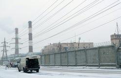 降雪在一个工业区 免版税库存图片