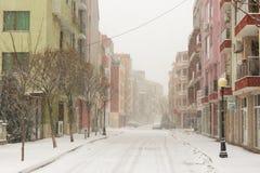 降雪在保加利亚波摩莱, 12月 图库摄影
