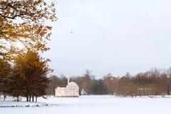 降雪的土耳其浴亭子,凯瑟琳公园 库存图片