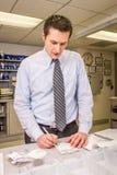 医院药剂师标记的疗程 库存图片