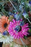 除芯庭院的花美丽的布料花束  库存图片