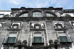 阴险的人学院的教会, Ponta Delgada,葡萄牙 免版税库存照片