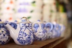 陶器茶壶 免版税库存图片