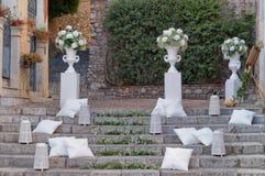 陶尔米纳, Varà ²教会的台阶  库存图片