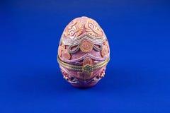 陶瓷复活节彩蛋 免版税图库摄影