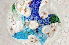 陶瓷天花板艺术在公园Guell巴塞罗那西班牙 图库摄影