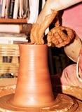 陶瓷工工作 库存图片