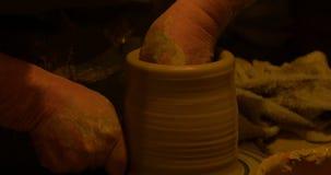 陶瓷工手黏土 股票录像