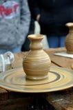 陶瓷工横式转盘 免版税库存照片