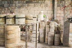 陶瓷模子工厂 免版税库存照片
