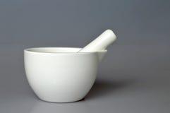 陶瓷灰浆和杵 库存图片