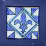 陶瓷的装饰做木头和 免版税库存照片