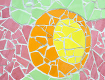 从陶瓷砖的马赛克墙壁装饰装饰品 免版税库存图片