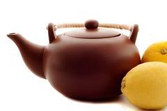 陶瓷茶壶 免版税图库摄影