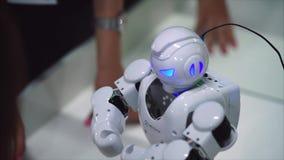 陶里亚蒂,俄罗斯- 2017年7月21日:似人机器人UBTECH 影视素材