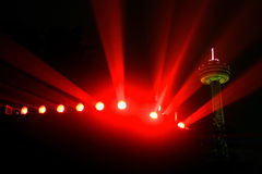 随附于的背景上色了泛光灯尼亚加拉s  库存图片