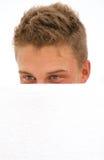 隐藏的人年轻人 免版税库存照片