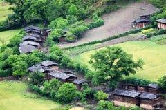隐藏的村庄森林 免版税库存图片