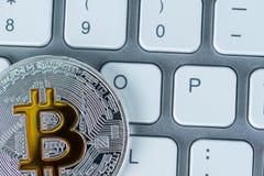 隐藏货币市场、趋向、展望专家和贸易商的发展的例证 Bitcoin 免版税图库摄影