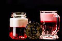 隐藏货币金子Bitcoin, BTC, Bitcoin宏观射击铸造w 库存图片
