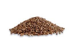 隔绝在白色背景照片荞麦 荞麦不是煮沸的倾吐的幻灯片 从边的照片 免版税图库摄影