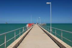 障碍极大的码头礁石 库存图片