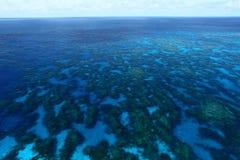 障碍极大的礁石 免版税库存照片