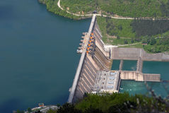 障碍水坝水 免版税库存图片