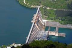 障碍水坝水 免版税库存照片