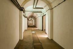 隧道在泽西战争中在圣劳伦斯,泽西,海峡群岛,英国挖洞复合体 免版税图库摄影