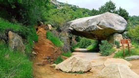 隧道岩石 库存图片