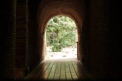 隧道的末端 免版税图库摄影
