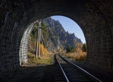从隧道的看法 库存图片