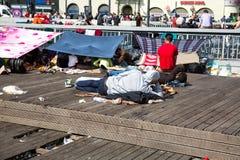 难民和移民搁浅在Keleti火车站 库存图片