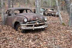 难看的东西生锈的葡萄酒汽车 库存图片