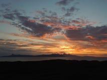 难以置信的日落和云彩 免版税库存照片