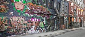 在压力下街道画节日2012年- 6 免版税图库摄影
