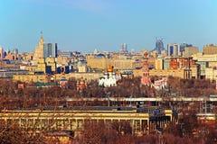 从麻雀山的莫斯科视图 免版税库存图片