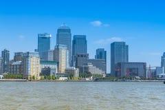 黄雀色码头,伦敦,英国地平线  图库摄影