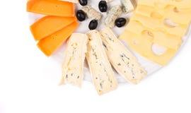 雀跃干酪构成烹调纤巧葡萄橄榄以子弹密击 库存照片